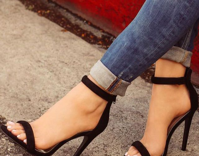 d68b179a986 Top 10 Best and Comfortable High Heels to Wear While Working ...
