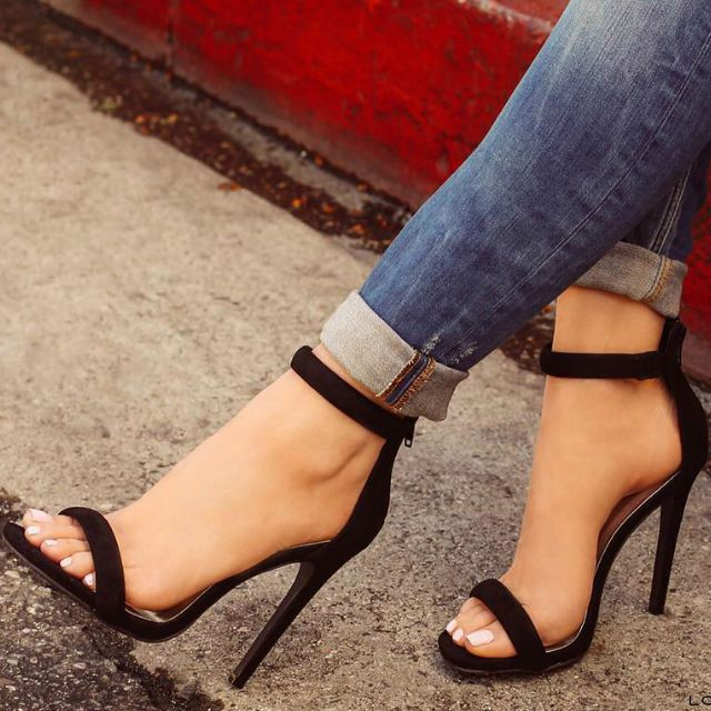 Top 10 Best and Comfortable High Heels to Wear While ...